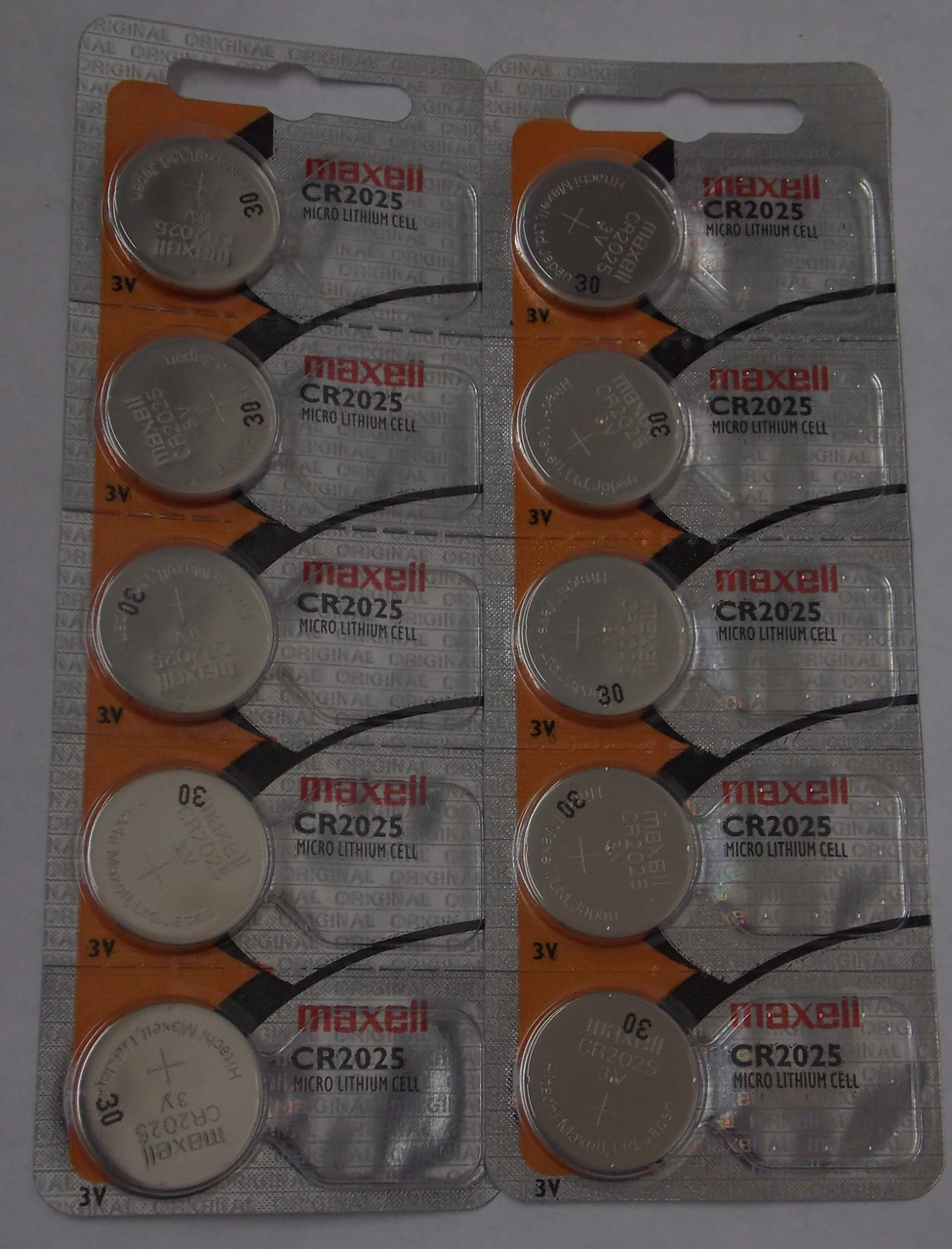 Maxell CR2025  3 Volt Lithium Coin Battery - 10 Pack - FREE SHIPPING!